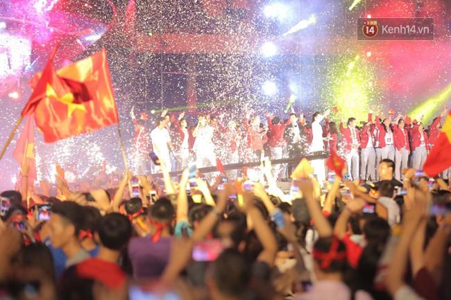 Nhiều khoảnh khắc ấn tượng trong lễ vinh danh đoàn thể thao Việt Nam trở về từ ASIAD 2018 12