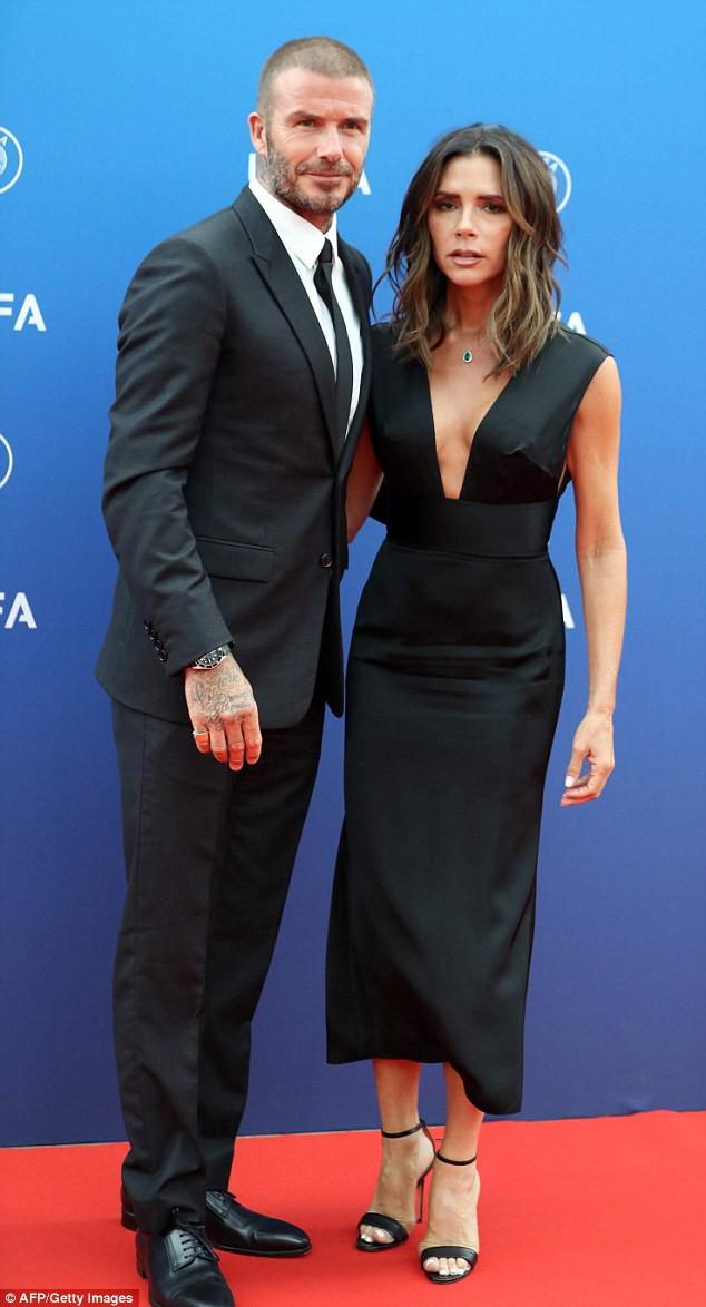 Victoria thú nhận đã phải giải thích cho các con về tin đồn Beckham ngoại tình và bố mẹ sắp ly dị - Ảnh 2.