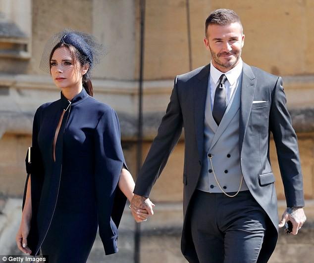 Victoria thú nhận đã phải giải thích cho các con về tin đồn Beckham ngoại tình và bố mẹ sắp ly dị - Ảnh 1.