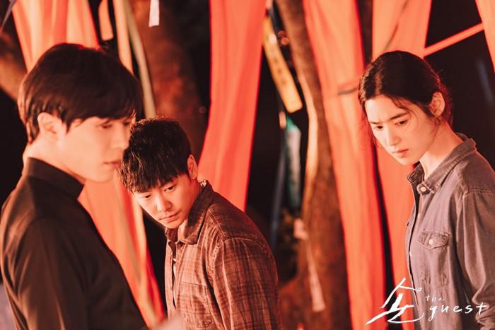 12 phim truyền hình Hàn ồ ạt lên sóng, hứa hẹn tháng 9 này dân tình cày phim sấp mặt (Phần 1) - Ảnh 19.