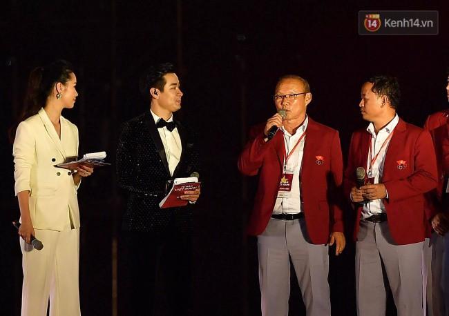 Nhiều khoảnh khắc ấn tượng trong lễ vinh danh đoàn thể thao Việt Nam trở về từ ASIAD 2018 3