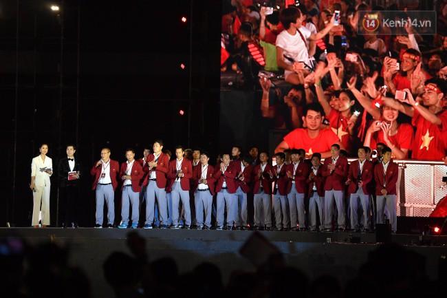 Nhiều khoảnh khắc ấn tượng trong lễ vinh danh đoàn thể thao Việt Nam trở về từ ASIAD 2018 2