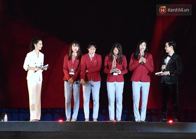 Nhiều khoảnh khắc ấn tượng trong lễ vinh danh đoàn thể thao Việt Nam trở về từ ASIAD 2018 17
