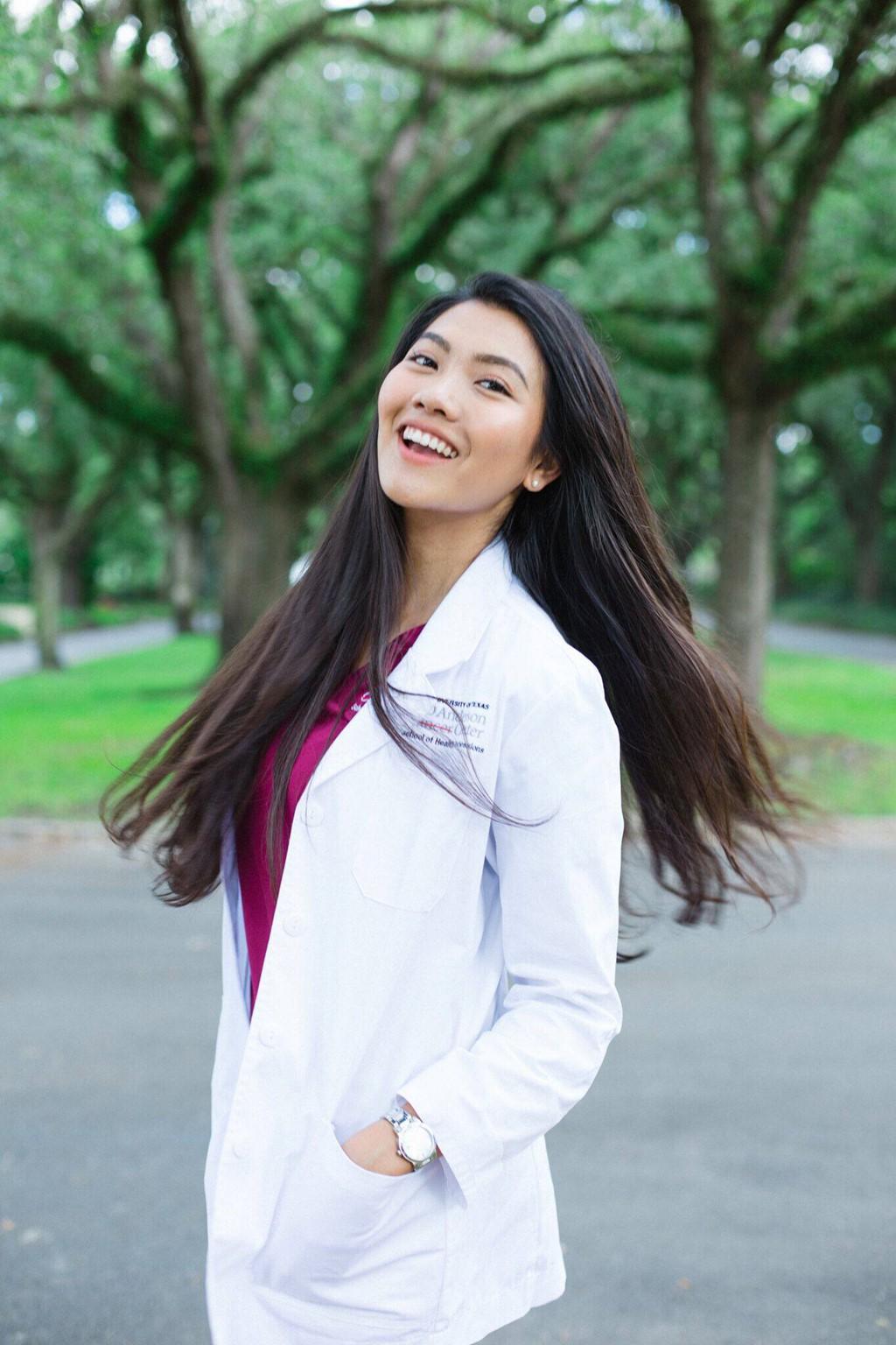Tốt nghiệp ngành Y bằng Xuất sắc với GPA 4.0, hoa khôi du học sinh Việt được Viện ung thư hàng đầu thế giới giữ lại làm việc - Ảnh 5.