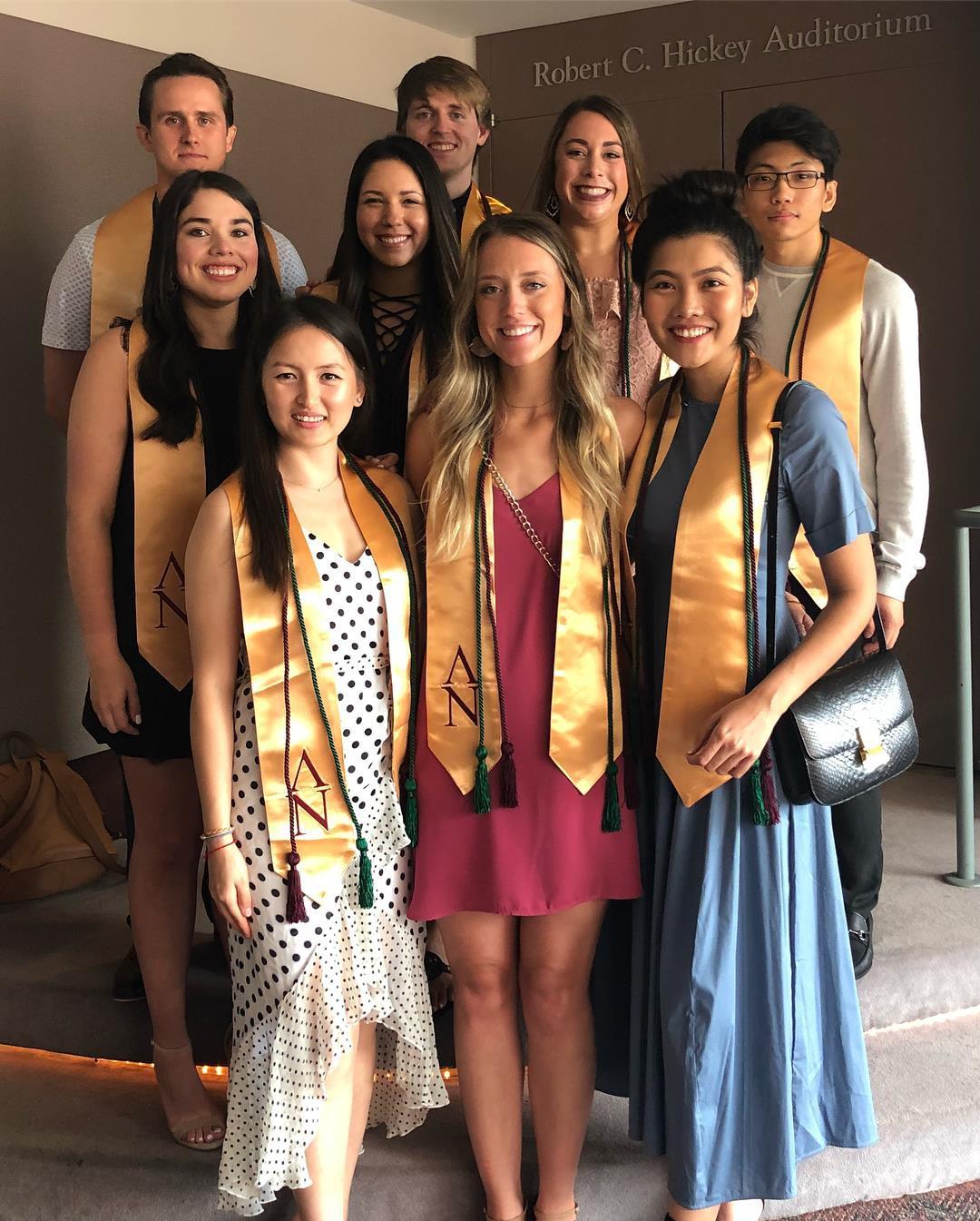 Tốt nghiệp ngành Y bằng Xuất sắc với GPA 4.0, hoa khôi du học sinh Việt được Viện ung thư hàng đầu thế giới giữ lại làm việc - Ảnh 3.
