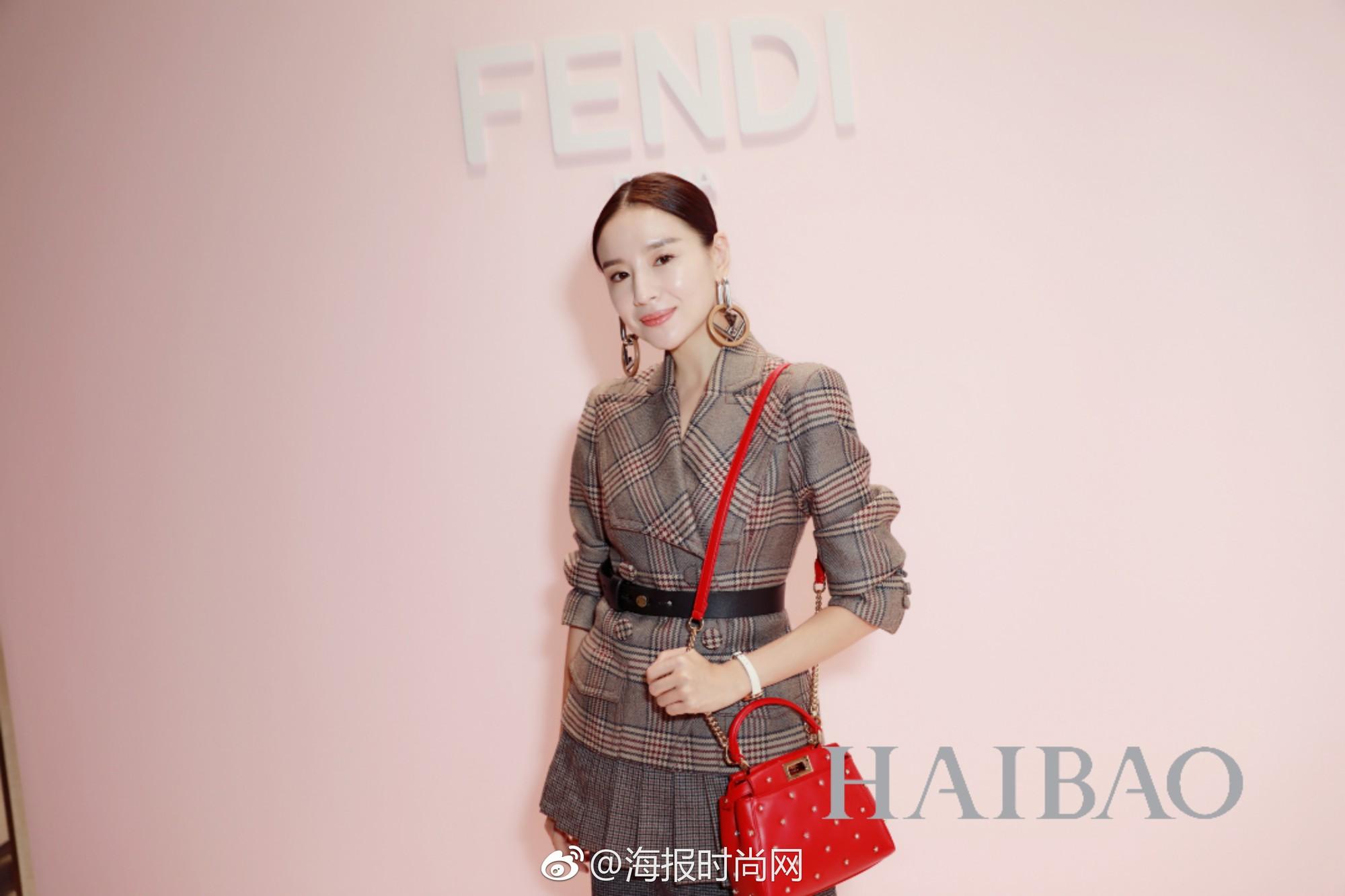 """Cặp đôi """"Phú Sát Hoàng hậu"""" lần đầu đọ style: Tần Lam đẹp xuất sắc, Đổng Khiết lại có chút sến - Ảnh 8."""