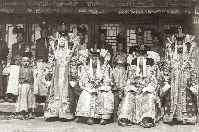 Hoá ra tạo hình Ngưu Ma Vương của Công chúa Cảnh Sắt Như Ý Truyện là có thật trong lịch sử! - Ảnh 3.