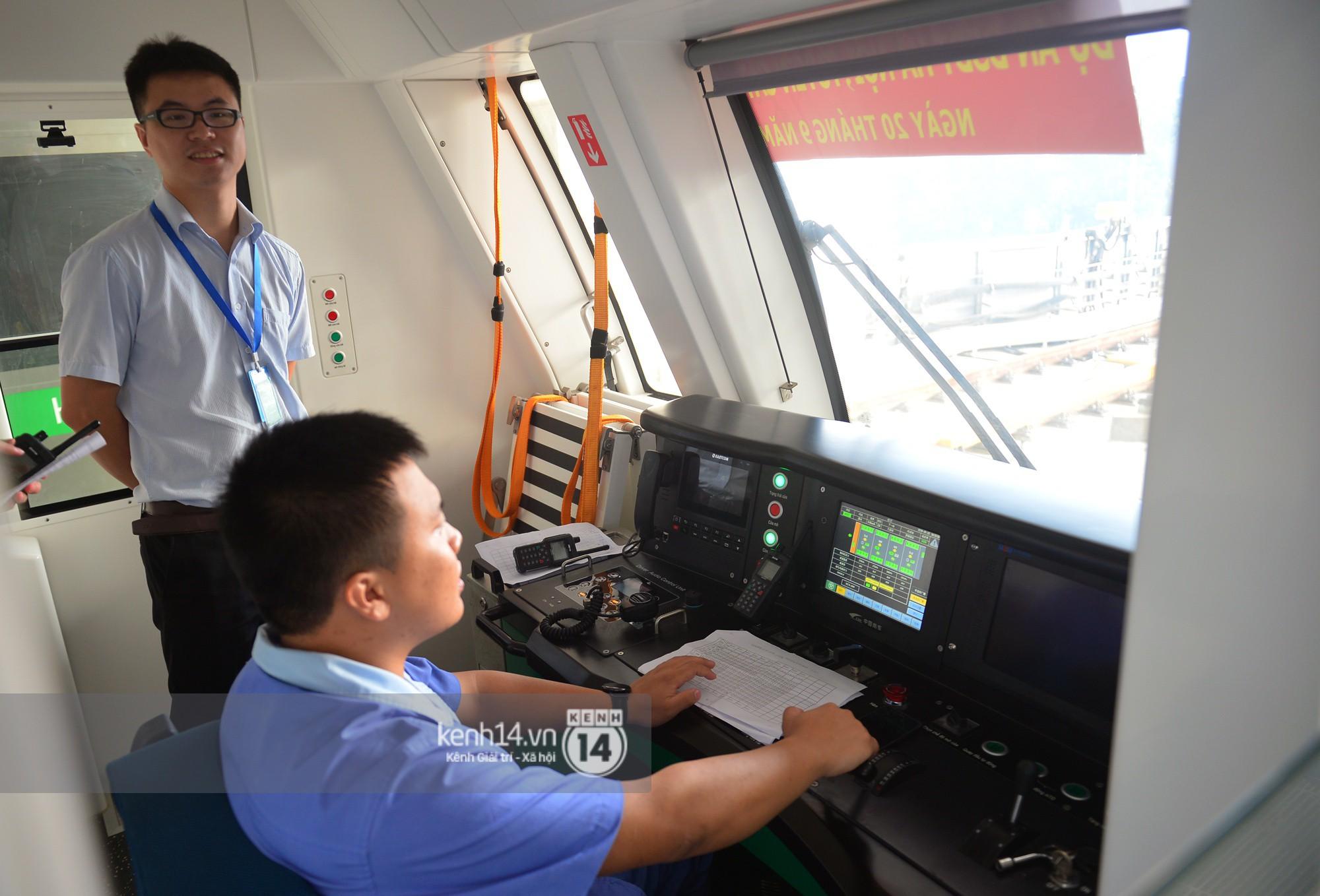 Trải nghiệm tàu đường sắt trên cao Cát Linh - Hà Đông ngày chạy thử - Ảnh 4.