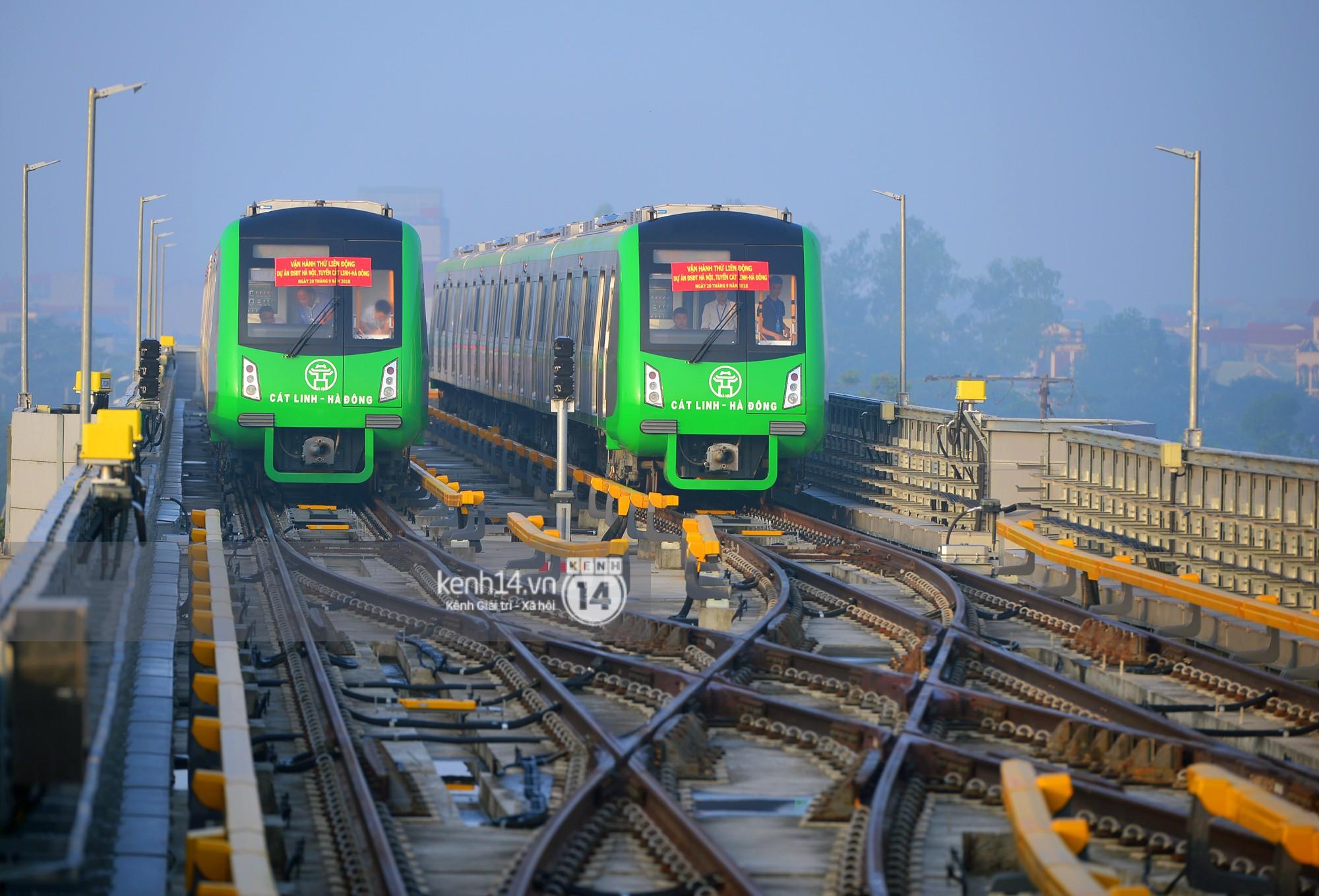 Trải nghiệm tàu đường sắt trên cao Cát Linh - Hà Đông ngày chạy thử- Ảnh 2.