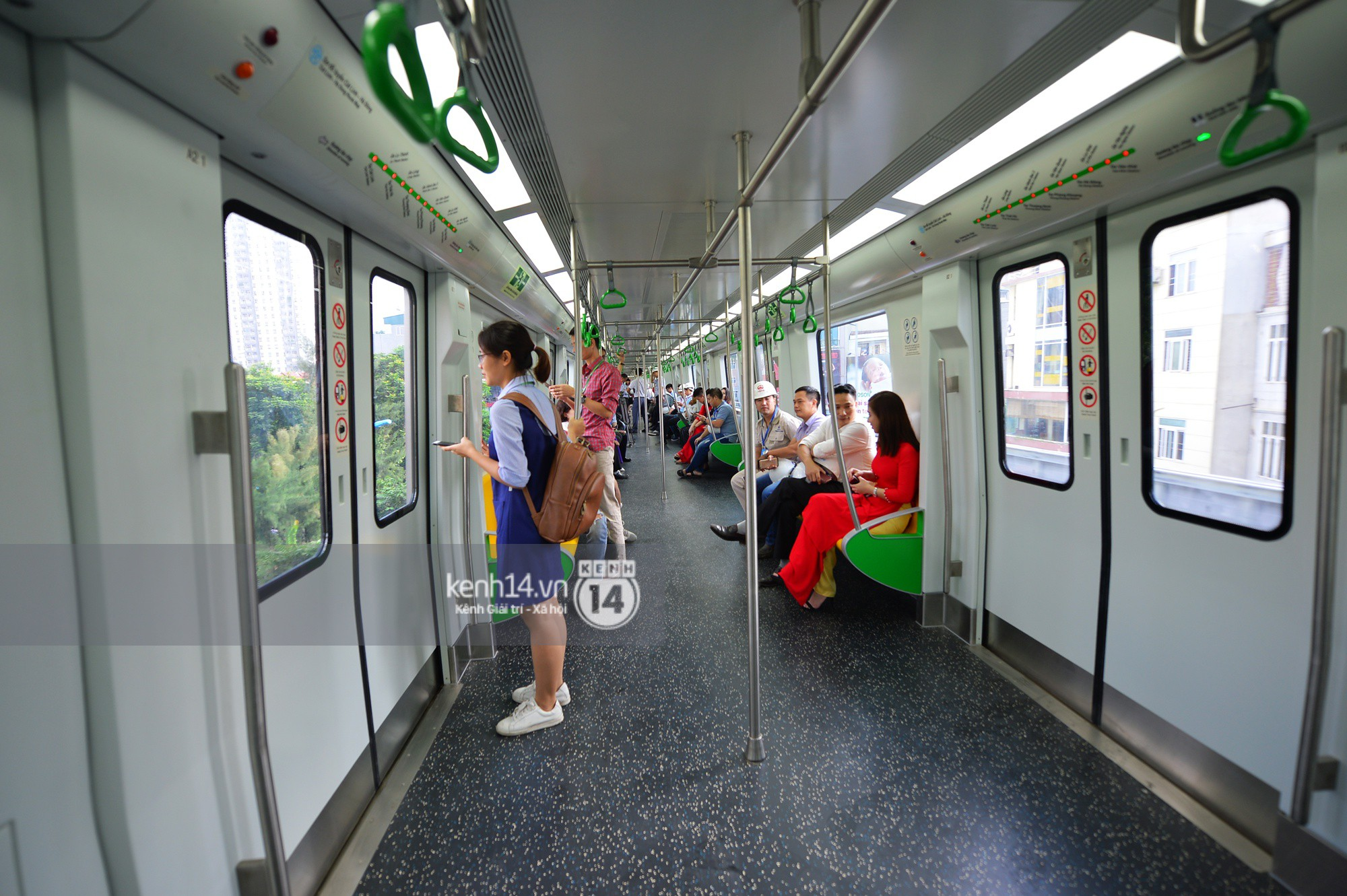 Trải nghiệm tàu đường sắt trên cao Cát Linh - Hà Đông ngày chạy thử - Ảnh 12.