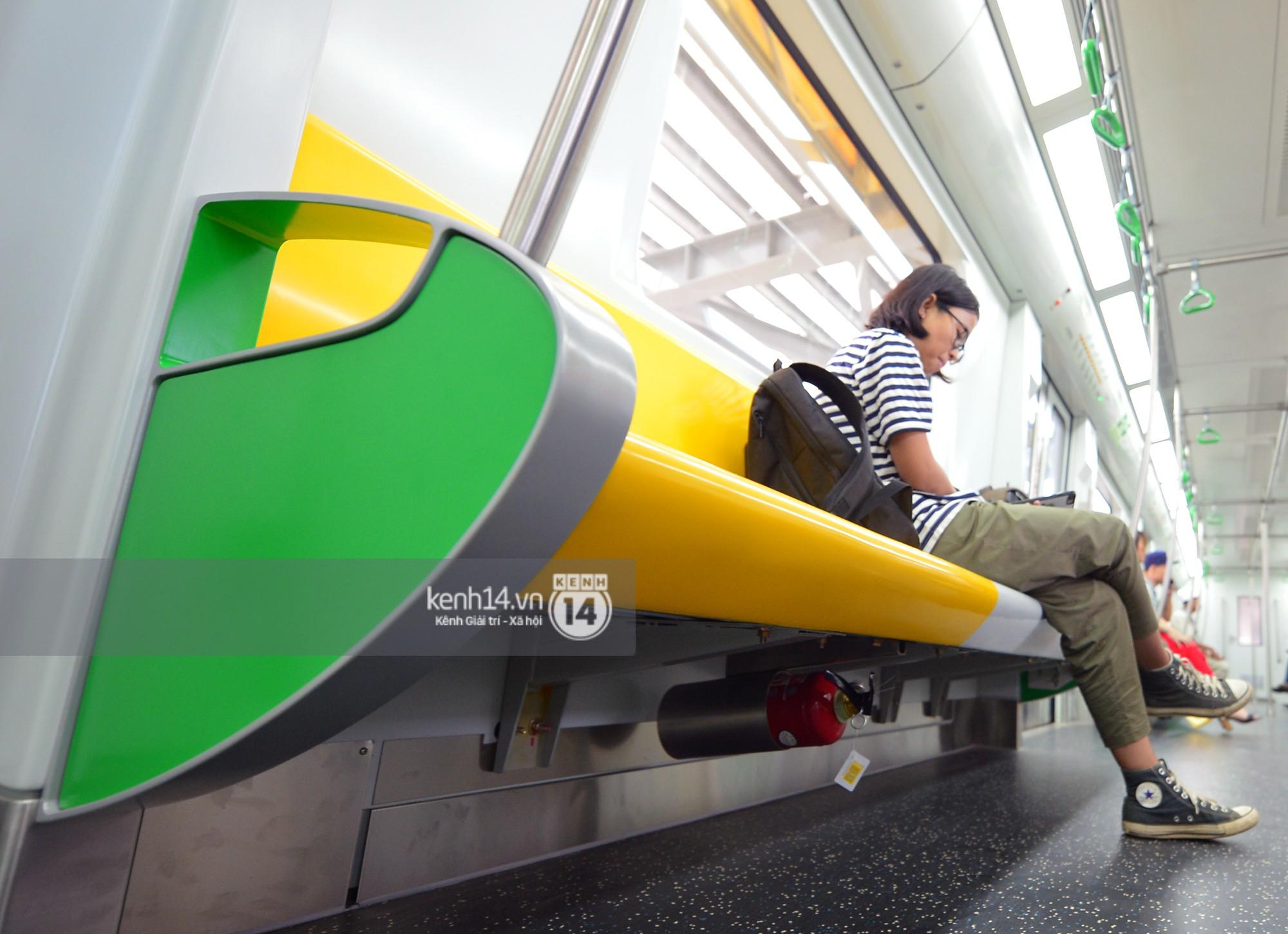 Trải nghiệm tàu đường sắt trên cao Cát Linh - Hà Đông ngày chạy thử - Ảnh 13.