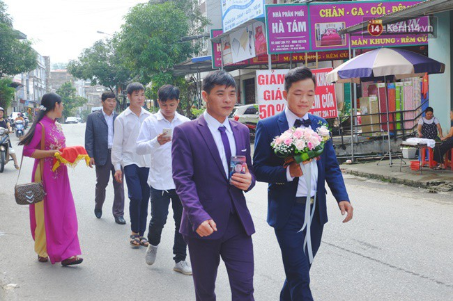 Cô dâu 62 chú rể 26 ở Cao Bằng: Ảnh cặp đôi rạng rỡ trong ngày cưới- Ảnh 3.