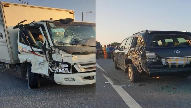 Nhân chứng kể vụ tài xế Lexus biển tứ quý 8 bị xe tải đâm tử vong khi làm việc với CSGT - Ảnh 2.