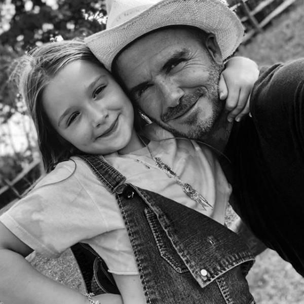 Harper không còn là út cưng vì vợ chồng Beckham đang chuẩn bị có em bé