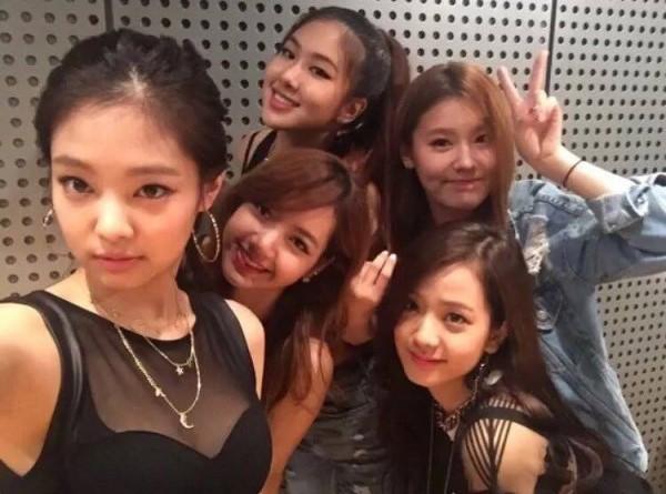 Bạn có biết: Đội hình dự bị lúc chưa debut của các nhóm nhạc Kpop đình đám này như thế nào? - Ảnh 5.