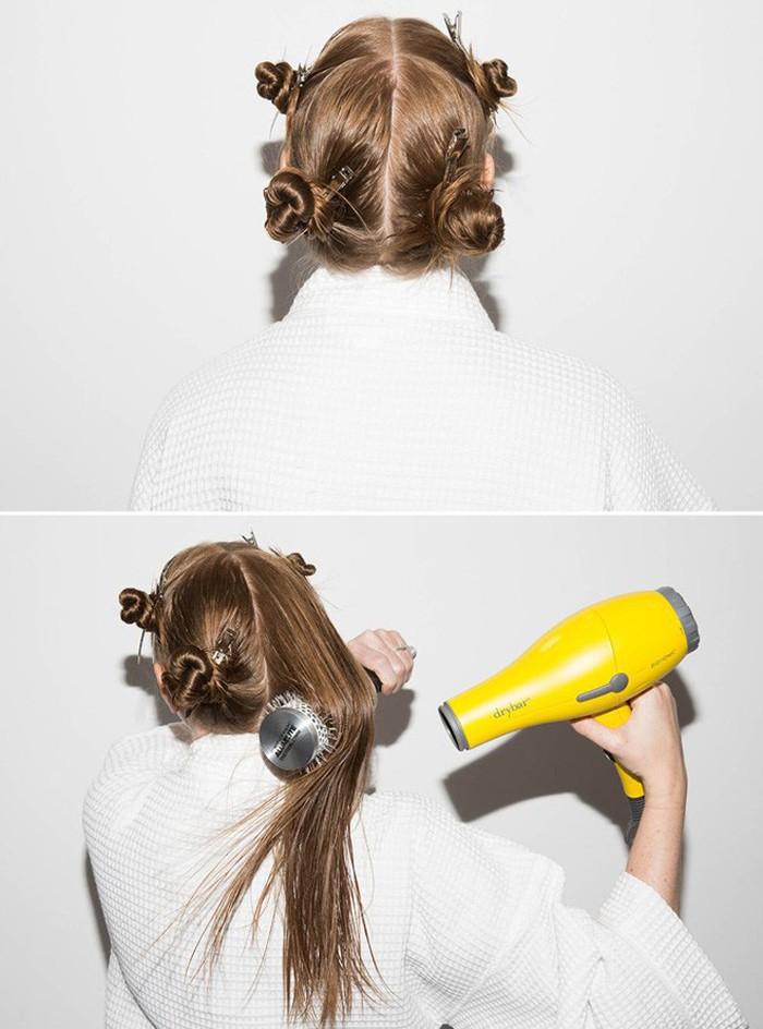Sai lầm thường gặp khi sấy tóc khiến mái tóc dễ bị khô xơ và gãy rụng - Ảnh 4.