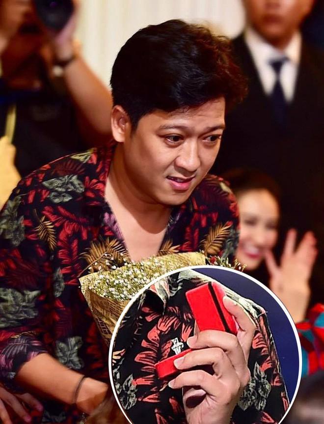 Nhẫn kim cương Trường Giang tặng Nhã Phương lớn nhưng vẫn chưa phải giá trị nhất showbiz Việt - Ảnh 2.