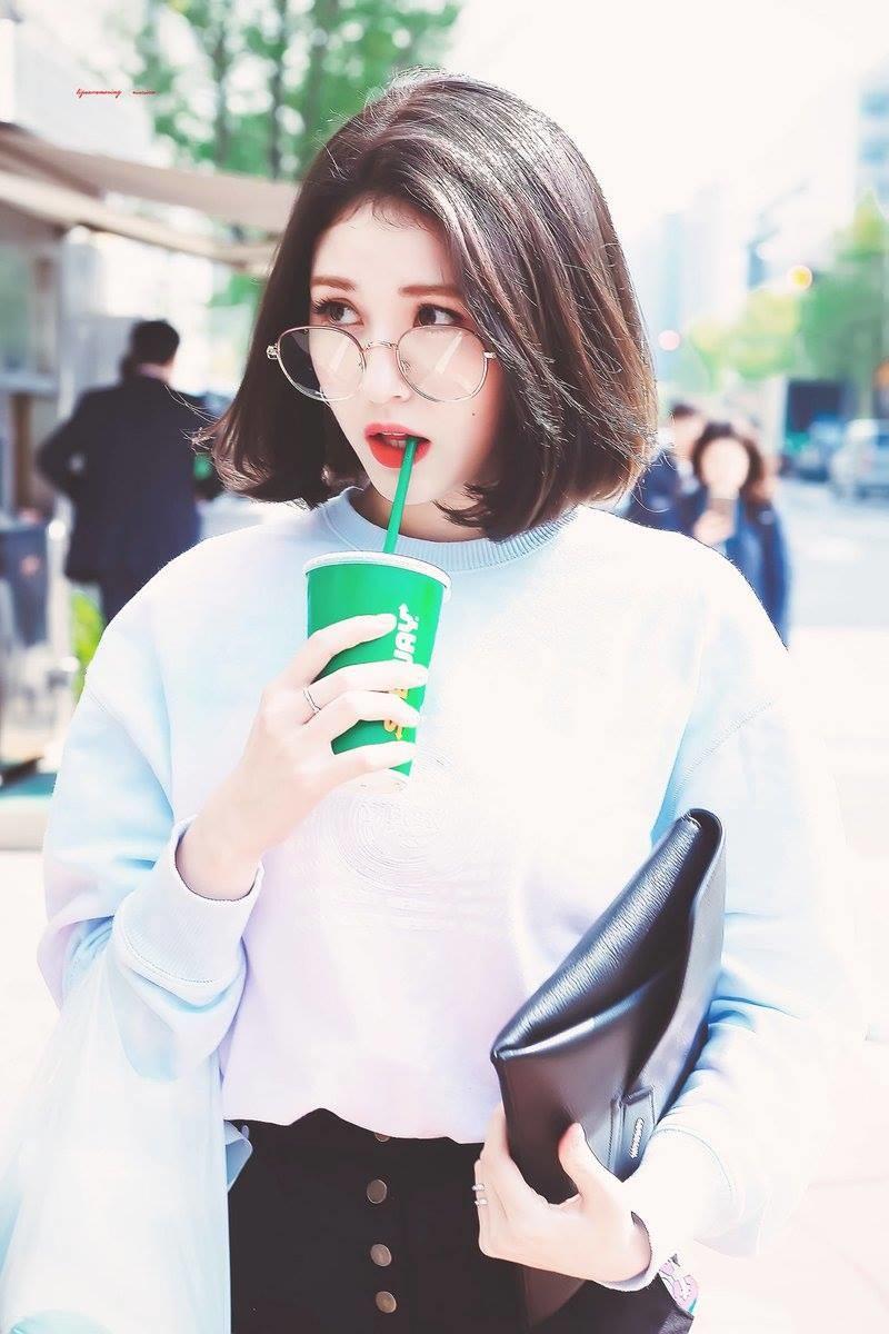 Park Jin Young ám chỉ Jeon Somi buộc phải rời khỏi JYP vì vi