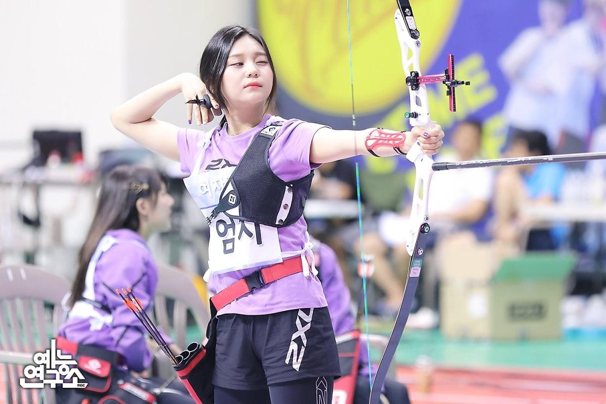 Dàn Idol đình đám Kpop đẹp khó cưỡng tại đại hội thể thao tết Trung thu - Ảnh 8.