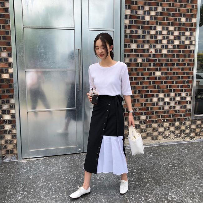 15 set đồ đến từ street style Châu Á sẽ cho bạn phong cách chuẩn quý cô thanh lịch - Ảnh 1.