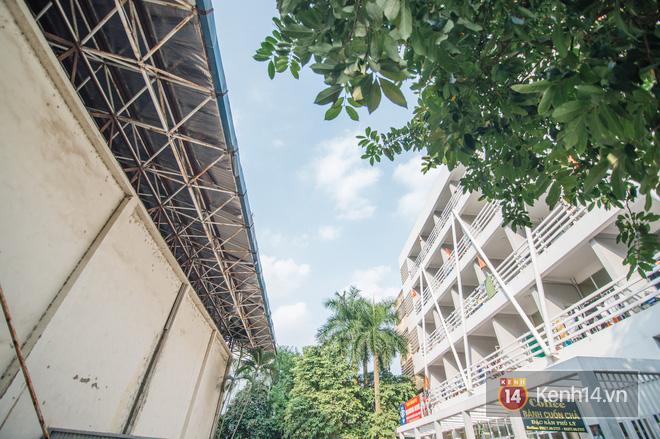 Khám phá ký túc xá của ngôi trường có kiến trúc đẹp nhất nhì Việt Nam, nơi sinh viên ăn-ngủ-sinh hoạt cùng bảng màu, giá vẽ - Ảnh 1.