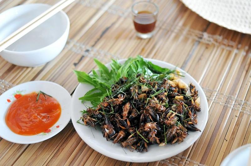Ở vùng Long Khánh có một món đặc sản thử thách độ can đảm của nhiều người nhưng ai ăn xong cũng mắc ghiền - Ảnh 6.