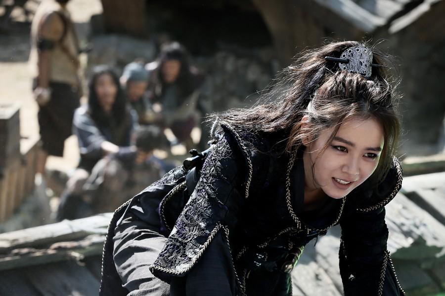 Top 10 phim cổ trang Hàn Quốc có lượng khán giả cao nhất lịch sử - Ảnh 5.