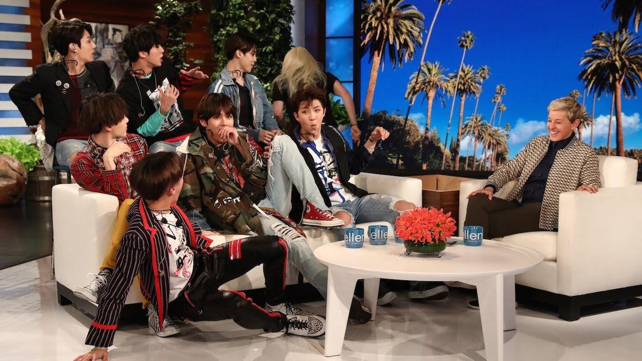 Nghỉ chơi với sân nhà Hàn Quốc, BTS giờ là khách mời thường xuyên của show Mỹ - Ảnh 6.