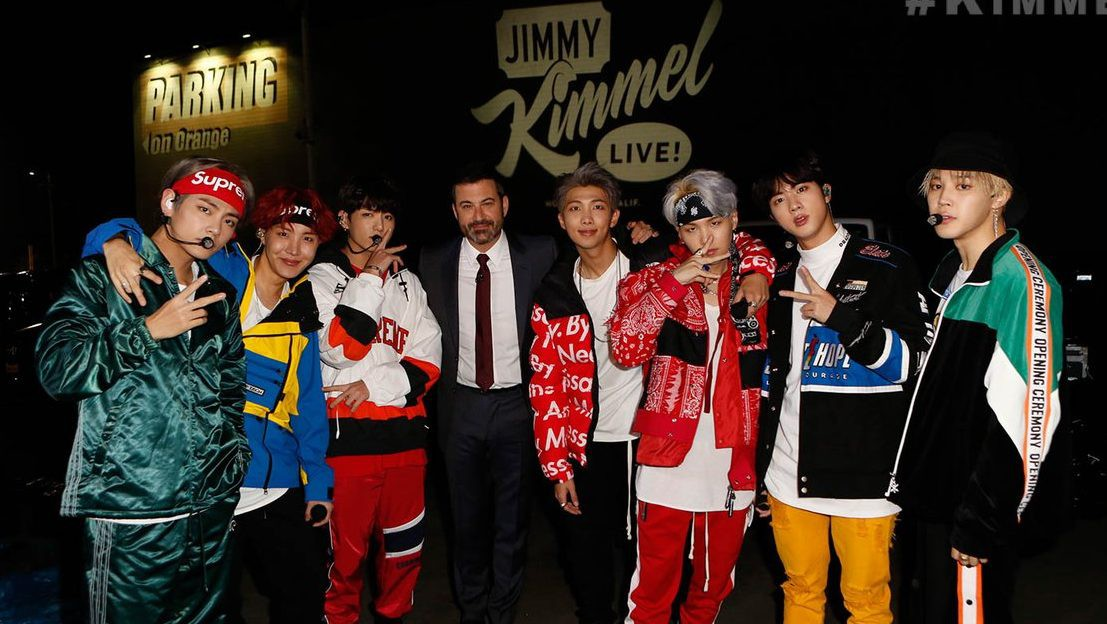 Nghỉ chơi với sân nhà Hàn Quốc, BTS giờ là khách mời thường xuyên của show Mỹ - Ảnh 8.