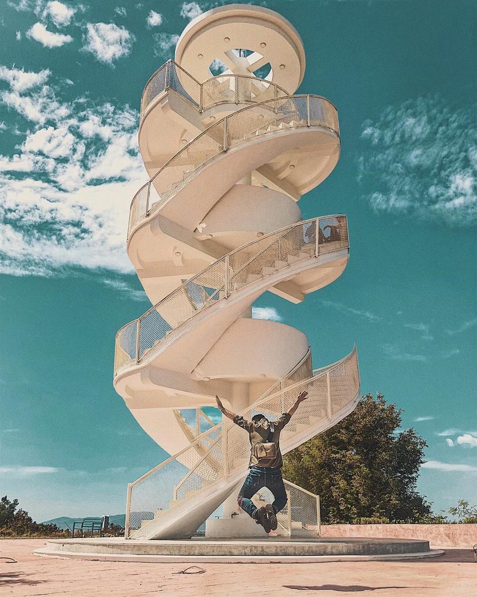 Nấc thang lên thiên đường: Địa điểm check-in mới toanh cực ảo diệu nằm ngay tại Nha Trang - Ảnh 4.