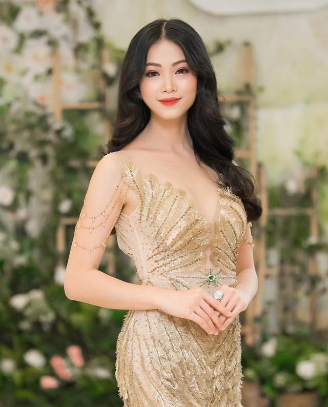Không phải Mâu Thuỷ, đây mới là đại diện Việt Nam chinh chiến tại đấu trường Hoa hậu Trái đất 2018 - Ảnh 2.