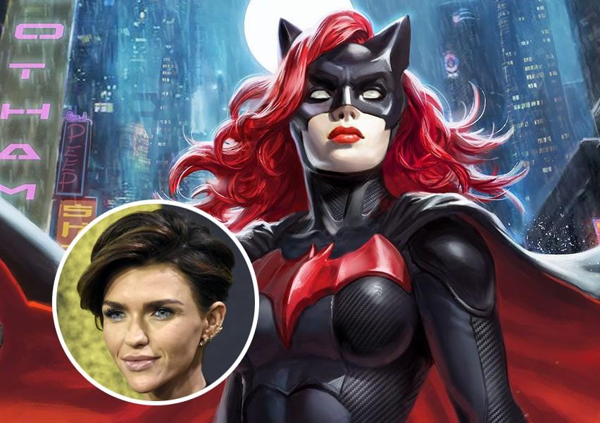 5 nhân vật trong thế giới siêu anh hùng có xu hướng tính dục đặc biệt - Ảnh 5.