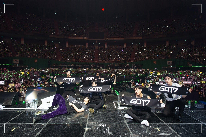 Cứ tưởng TWICE là nghệ sĩ kiếm tiền giỏi nhất JYP nhưng sự thật thì danh hiệu này lại thuộc về một nhóm nhạc khác - Ảnh 3.