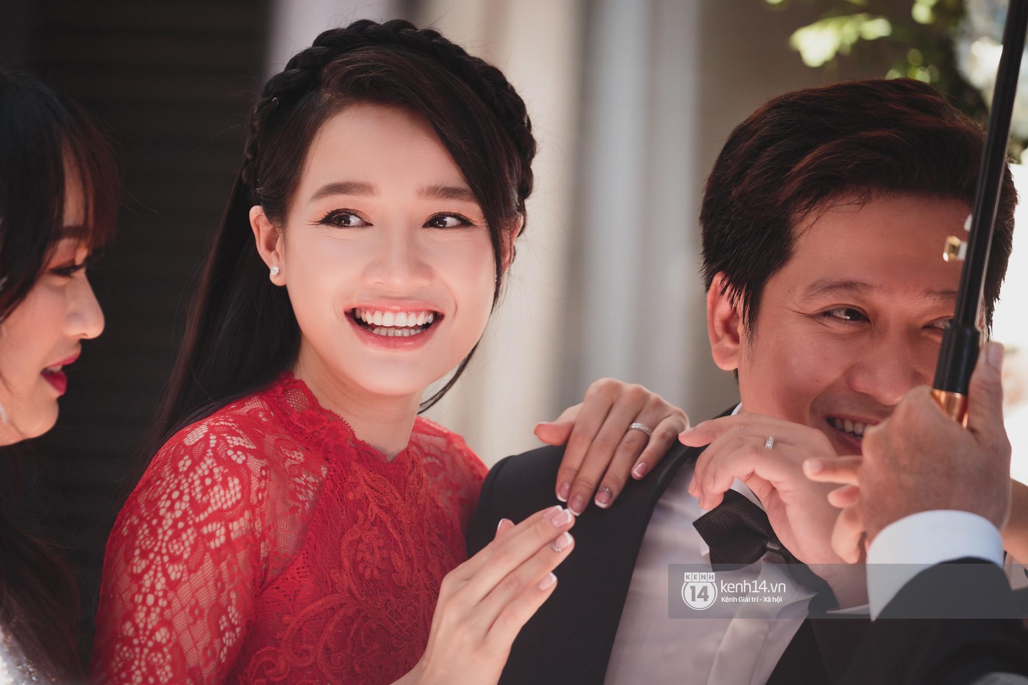 Đám cưới Trường Giang - Nhã Phương: Hàng ngàn hình ảnh ngọt ngào cũng không bằng loạt khoảnh khắc hạnh phúc đắt giá này - Ảnh 6.