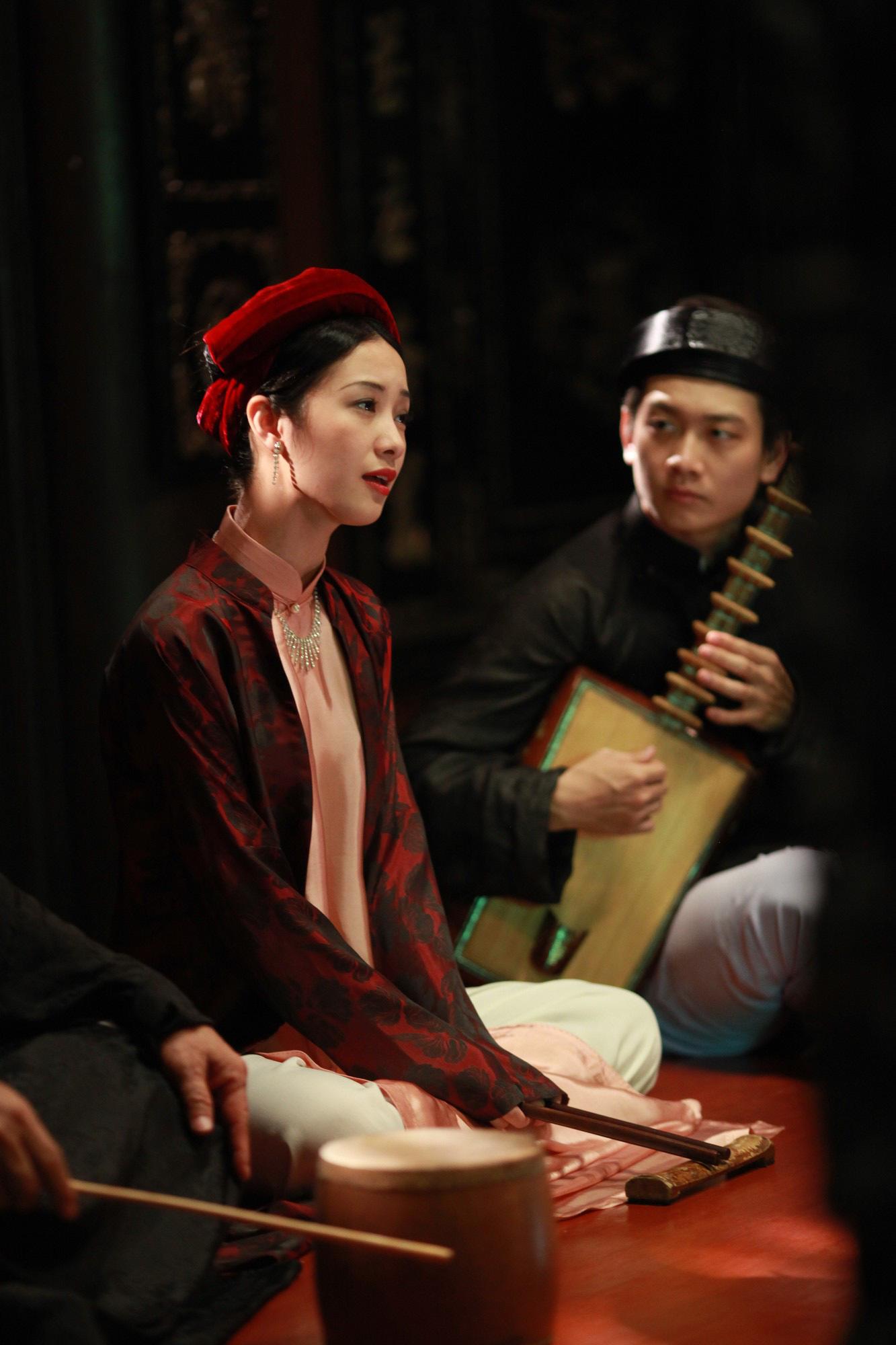 Jun Vũ trong Người Bất Tử: Tập hát ả đào và thoải mái đóng cảnh nóng - Ảnh 7.