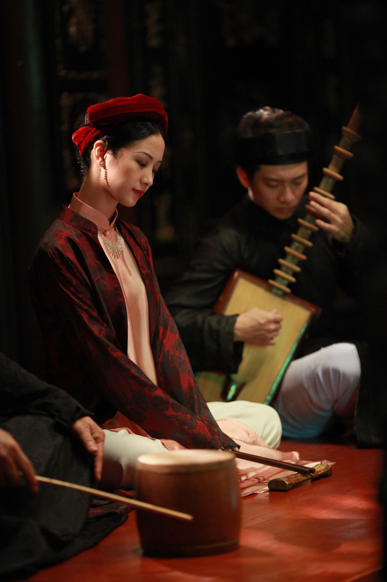 Jun Vũ trong Người Bất Tử: Tập hát ả đào và thoải mái đóng cảnh nóng - Ảnh 6.