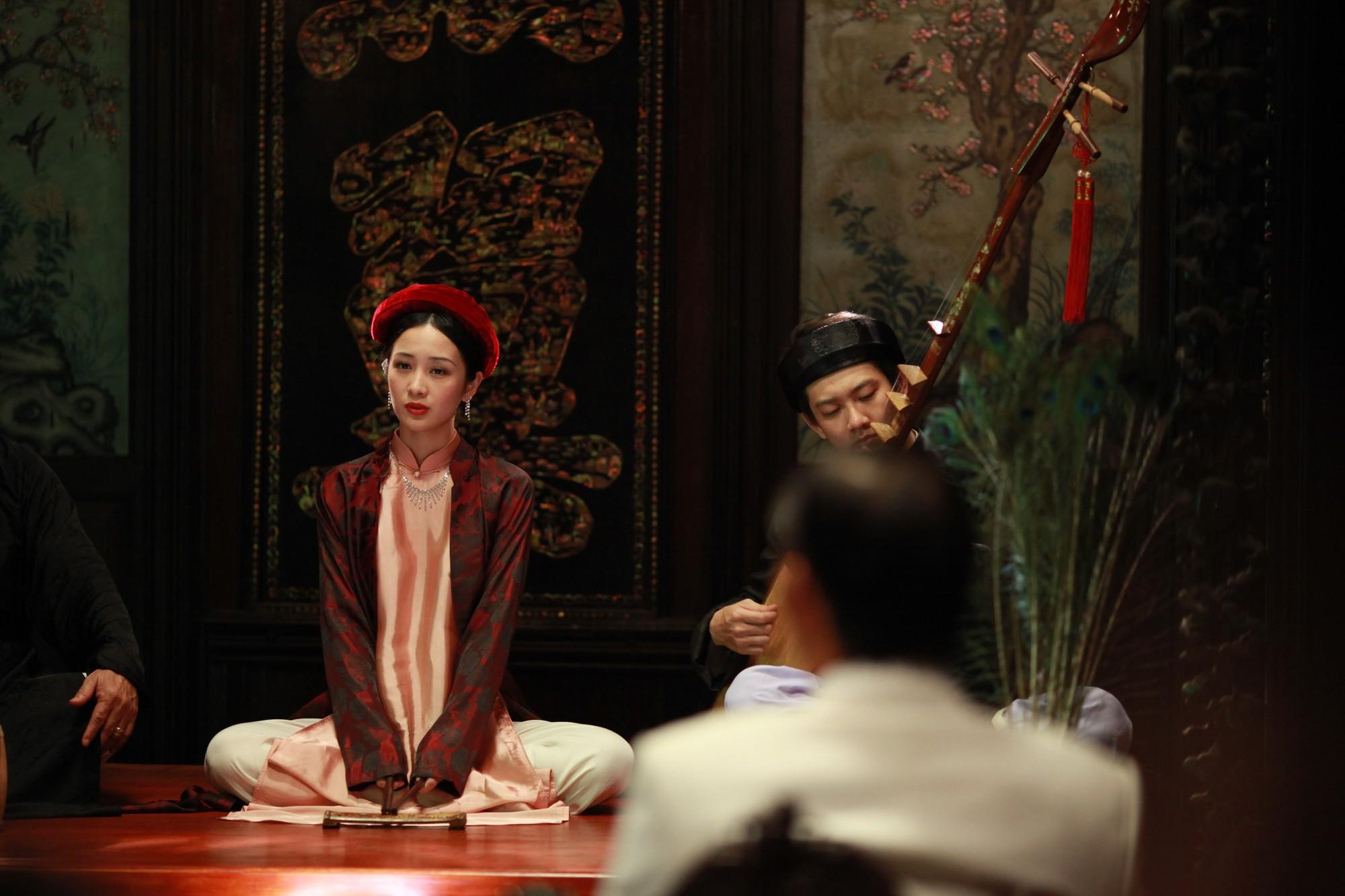 Jun Vũ trong Người Bất Tử: Tập hát ả đào và thoải mái đóng cảnh nóng - Ảnh 1.