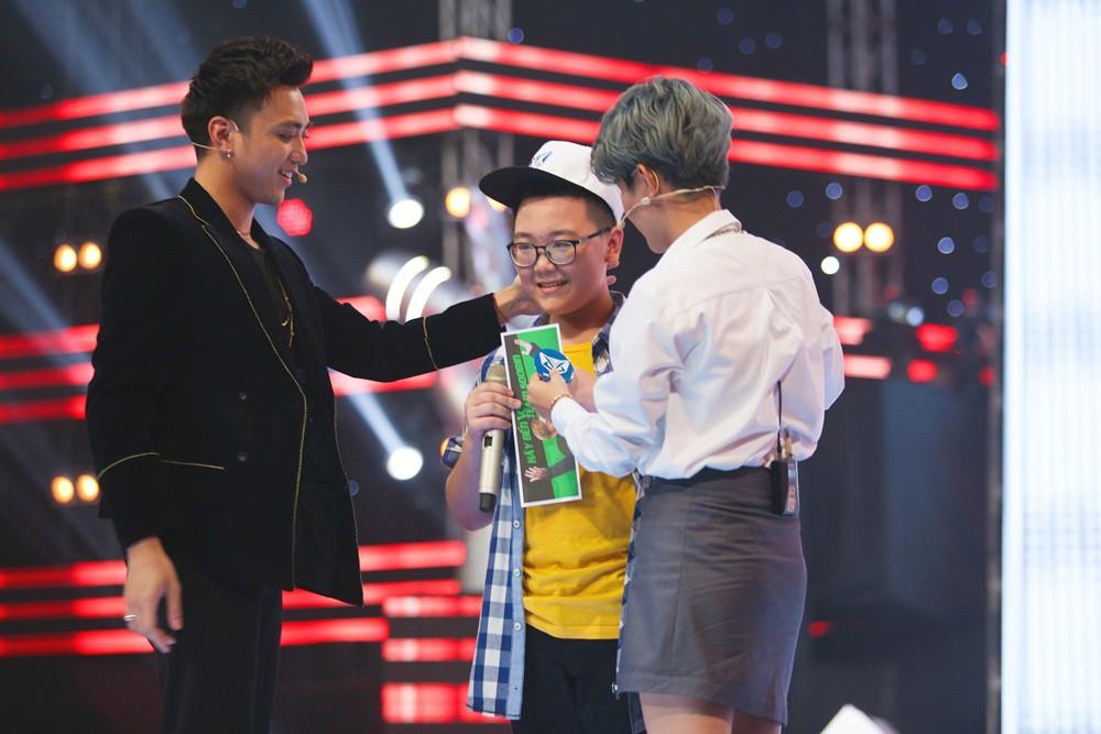 Giọng hát Việt nhí: Cậu bé 11 tuổi thần tượng cố nghệ sĩ Trần Lập khiến Bảo Anh thổn thức - Ảnh 6.