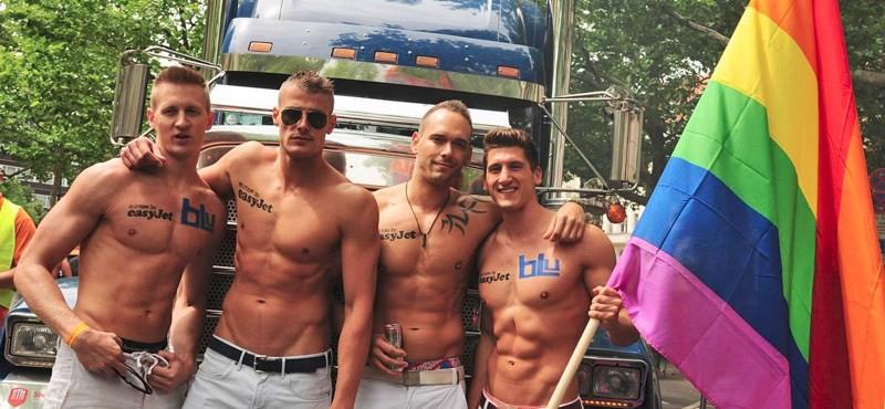 Để giúp sinh viên đồng tính, chuyển giới không bị gọi nhầm giới tính, 1 trường ĐH ở Anh đã phát huy hiệu ghi rõ danh xưng - Ảnh 2.