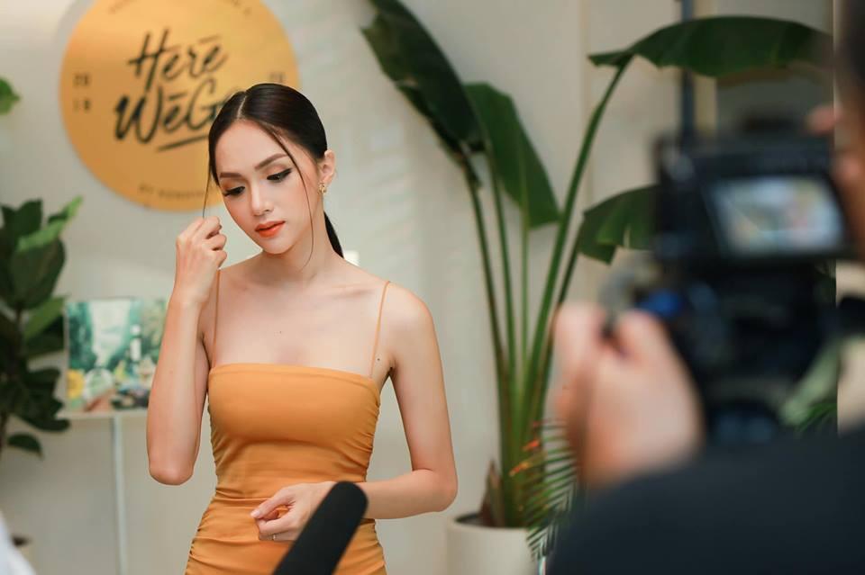 Từ Hương Giang, Hà Tăng đến Châu Bùi, Quỳnh Anh Shyn đều đang lăng xê nhiệt tình tóc ngôi giữa - Ảnh 1.