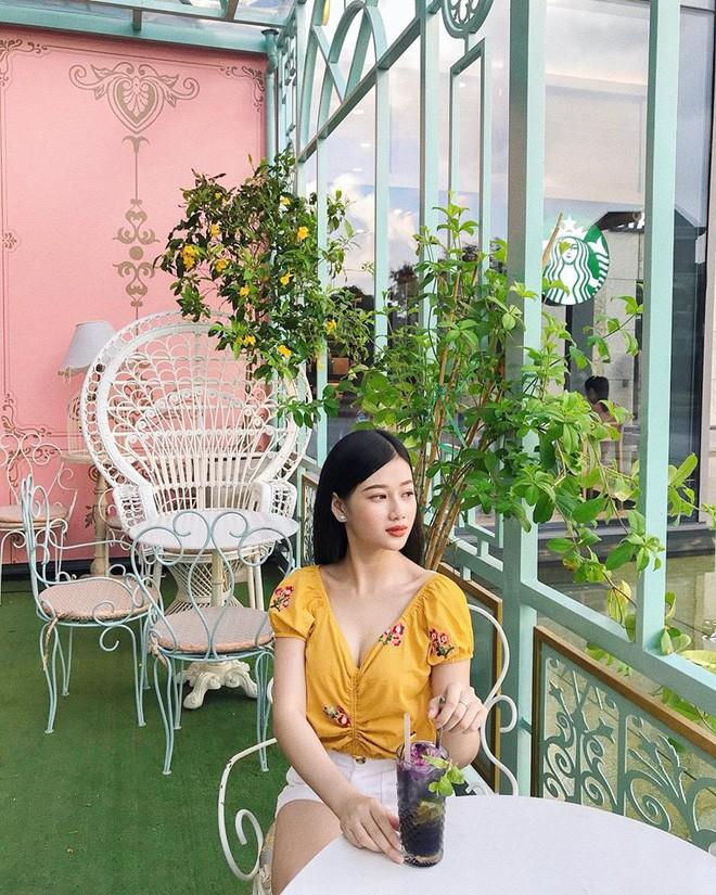 Không chịu thua kém Bùi Tiến Dũng, Hà Đức Chinh cũng đã có bạn gái xinh đẹp và nóng bỏng? - Ảnh 12.
