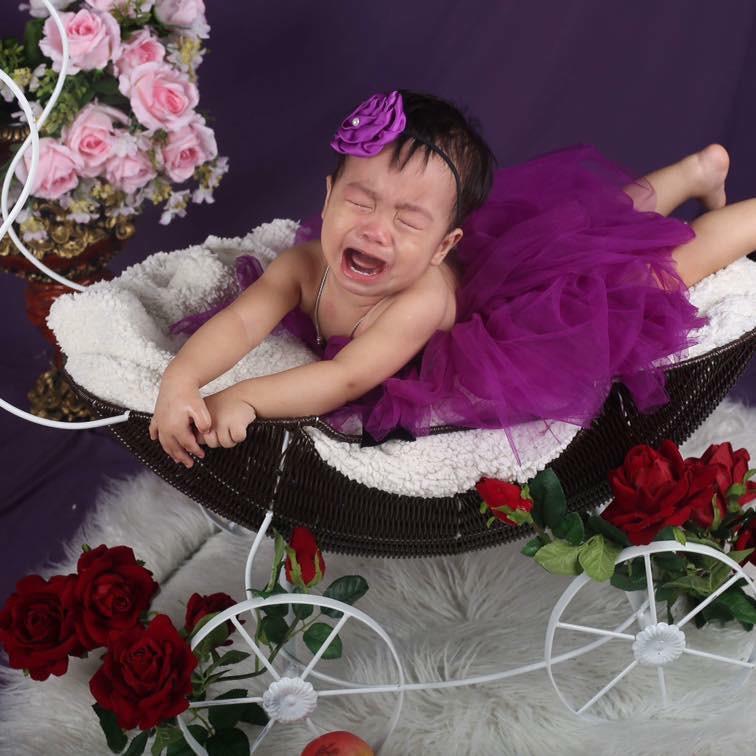 Khi bố mẹ cho đi chụp hình và các mẫu nhí không chịu hợp tác thì kết quả sẽ khiến nhiều người bật cười nghiêng ngả - Ảnh 2.