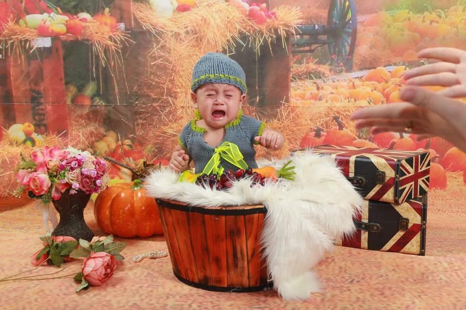 Khi bố mẹ cho đi chụp hình và các mẫu nhí không chịu hợp tác thì kết quả sẽ khiến nhiều người bật cười nghiêng ngả - Ảnh 8.