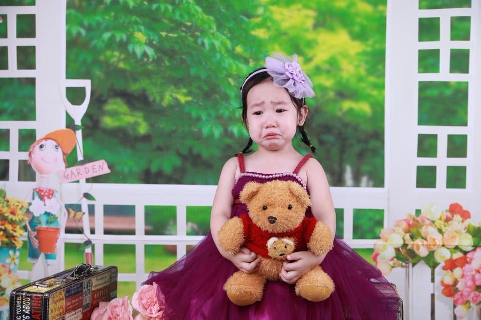 Khi bố mẹ cho đi chụp hình và các mẫu nhí không chịu hợp tác thì kết quả sẽ khiến nhiều người bật cười nghiêng ngả - Ảnh 4.