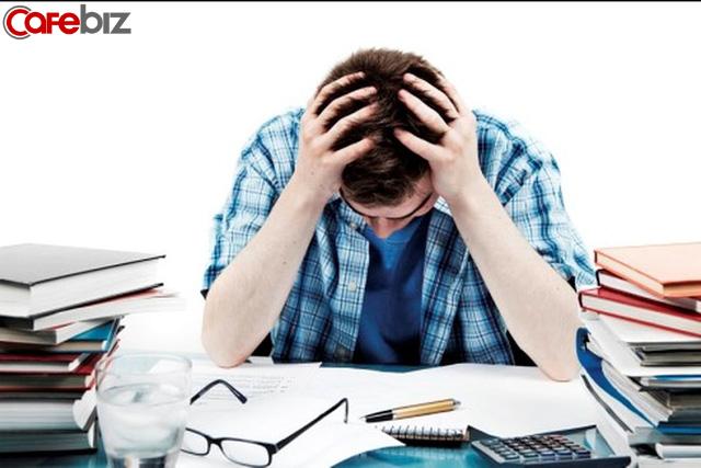 Bạn vắt kiệt sức lực làm việc 8 tiếng nhưng lại chi li 15 phút để phát triển bản thân: Bài học đơn giản để có tất cả nhưng chẳng mấy ai làm được! - Ảnh 1.