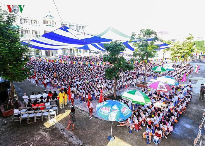Khai giảng ở ngôi trường có 1.145 học sinh lớp 1, đông nhất Hà Nội- Ảnh 1.