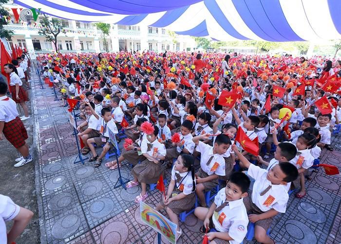 Khai giảng ở ngôi trường có 1.145 học sinh lớp 1, đông nhất Hà Nội - Ảnh 3.