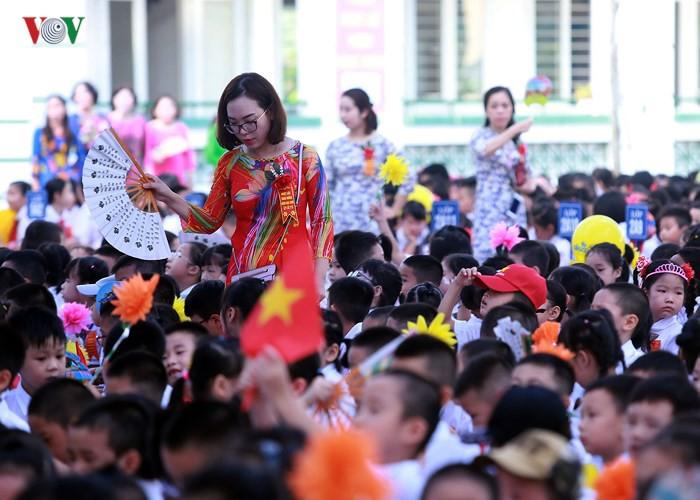 Khai giảng ở ngôi trường có 1.145 học sinh lớp 1, đông nhất Hà Nội - Ảnh 5.