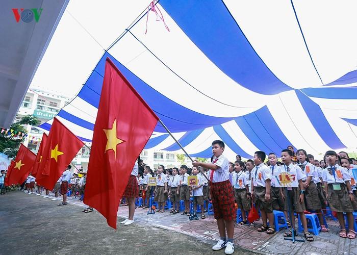Khai giảng ở ngôi trường có 1.145 học sinh lớp 1, đông nhất Hà Nội - Ảnh 7.