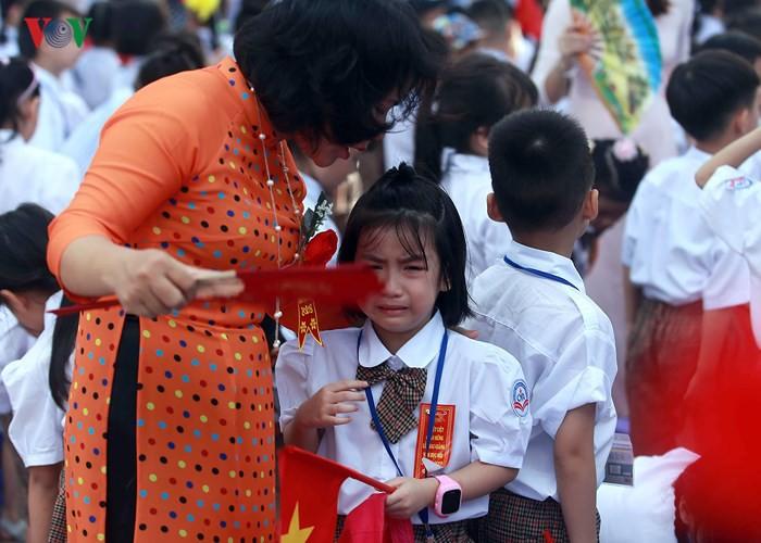 Khai giảng ở ngôi trường có 1.145 học sinh lớp 1, đông nhất Hà Nội - Ảnh 9.